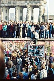 berlin_wall_nov10_86